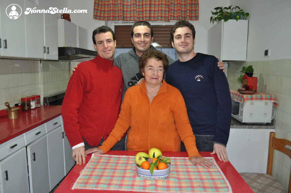 nonna Stella con i nipoti